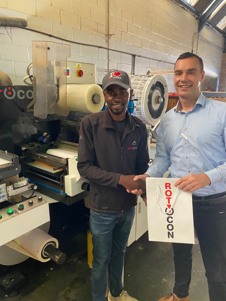 Mike Haji from Label Link, our May winner of the I ♥️ ROTOCON contest receiving his prizes from Pascal Aengenvoort